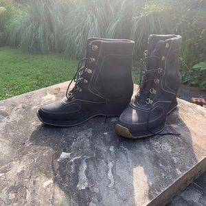 Timberland Wedge Boots NEVER WORN 🥾💋 black